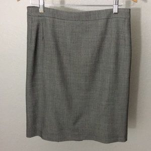 Max Mara grey pencil skirt size 8 with pleats